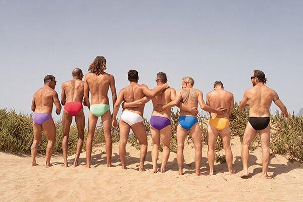 Welke kleur zwembroek kies jij?